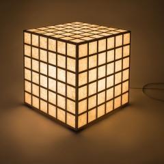 leuchttisch_japanpapier_leuchtkoerper_grad-linig_ambient_2