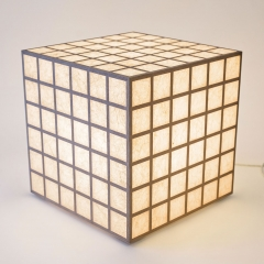 leuchttisch_japanpapier_leuchtkoerper_grad-linig_ambient_3